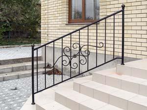 Стандартные уличные лестничные ограждения